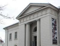 Soud rozhodl veprospěch bank. Nasnímku budova.