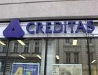 Záložna Creditas snižuje úrokové sazby. Na snímku pobočka Creditas.