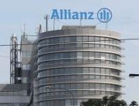 Hlasový analyzátor - nový způsob jak odhalit pojistné podvody. Nasnímku budova Allianz.