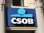 ČSOB oznámila úpravy ve svých sazebnících poplatků. Na snímku logo ČSOB.