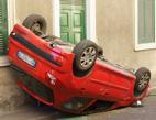 Pojišťovny sdělují nejlepší hlášky a perličky z pojistných událostí. Na snímku nehoda auta.