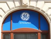 Je Genius bene+ nejvýhodnější běžný účet na trhu? Na snímku pobočka GE Money Bank.