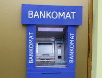 Poplatek zavýběr zbankomatu vČR