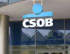 Stále více klientů využívá možnost refinancování půjček. Na snímku pobočka ČSOB.