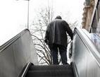 Nejčastěji se lidé v důchodu zadlužují kvůli svým dětem a vnoučatům.