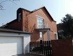 Proč lidé investují do svého bydlení? Na snímku dům.