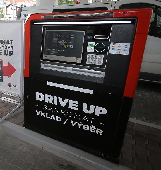Drive-up bankomat Praha