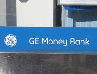 GE Money Bank - Půl roku praxe bezkontaktního placení. Na snímku: Logo GE Money Bank