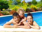 Obrázek: Lidé v bazénu