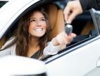 Obrázek: Žena v autě